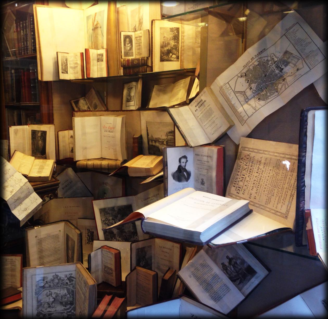 Resultado de imagen de Librerias antiguas en 1978 en Madrid